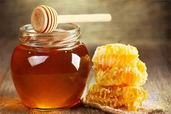Mật ong chữa táo bón